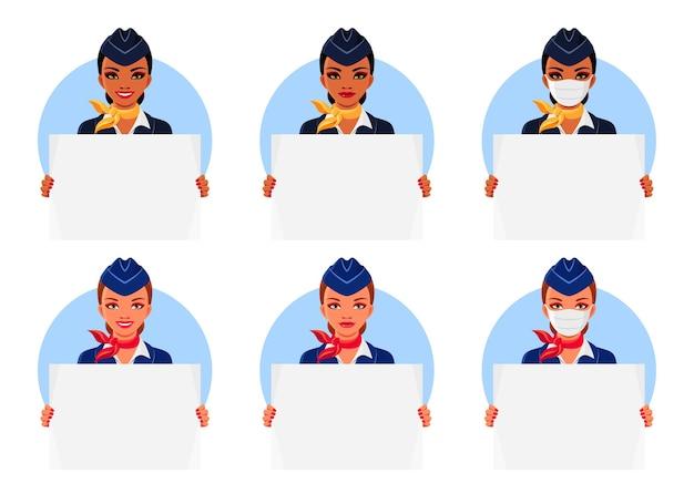 Aeromoças indianas e europeias com sorriso e máscaras médicas, segurando cartazes vazios.