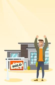 Agente imobiliário com letreiro vendido.
