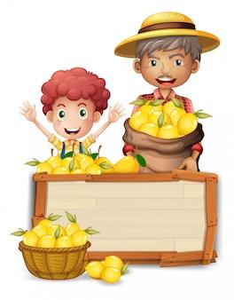 Agricultor, segurando, limão, ligado, tábua madeira