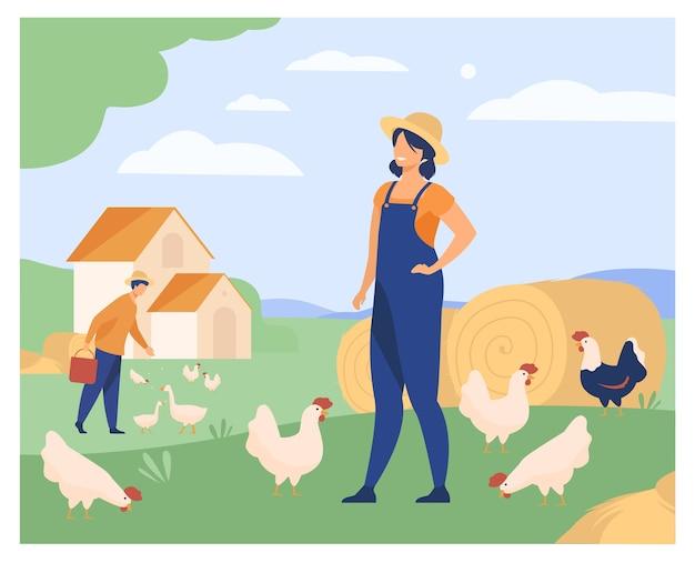 Agricultores que trabalham na ilustração vetorial plana de fazenda isolada de galinhas. mulher dos desenhos animados e aves de criação do homem. agricultura e aves domésticas