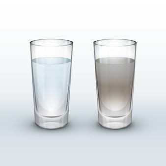 Água limpa e suja em vidro isolada em um fundo claro