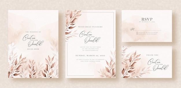 Aguarela floral elegante em fundo de convite de casamento