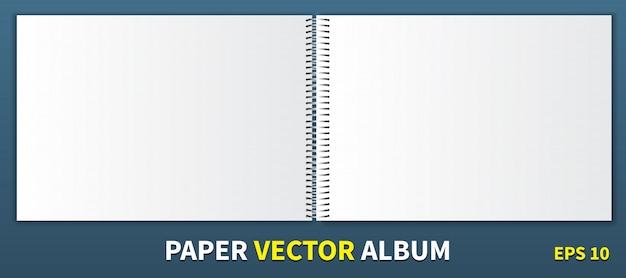 Álbum de papel com uma espiral de metal no centro