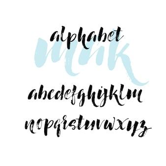 Alfabeto desenhado de mão.
