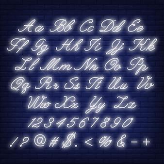 Alfabeto inglês em néon