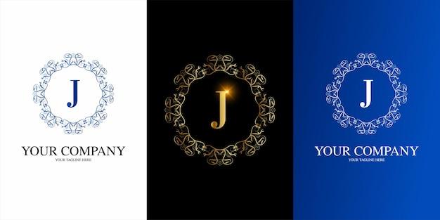 Alfabeto inicial da letra j com modelo de logotipo de moldura floral de ornamento de luxo.