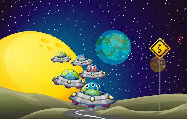 Alienígenas voando em ovnis no espaço