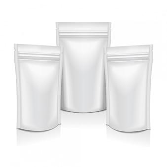 Alimento branco da folha em branco ou saco de saquinho de bolsa de cosméticos pacote embalagens com zíper. Vetor Premium