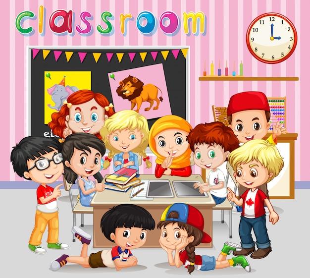 Alunos aprendendo em sala de aula