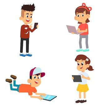 Alunos bonitos com dispositivos isolados no fundo branco. as crianças usam telefones, laptops e tablets para estudar e se divertir.