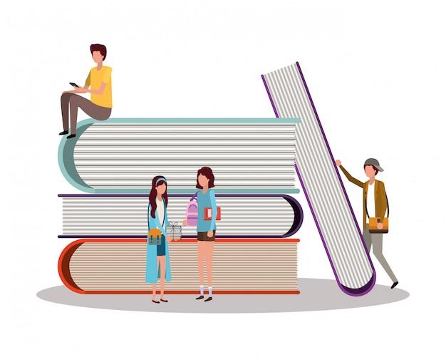 Alunos da escola com livros, lição de educação estudam sala de aula e informações