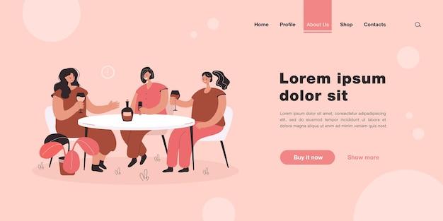 Amigas sentadas à mesa em um café e bebendo vinho na página inicial em estilo simples