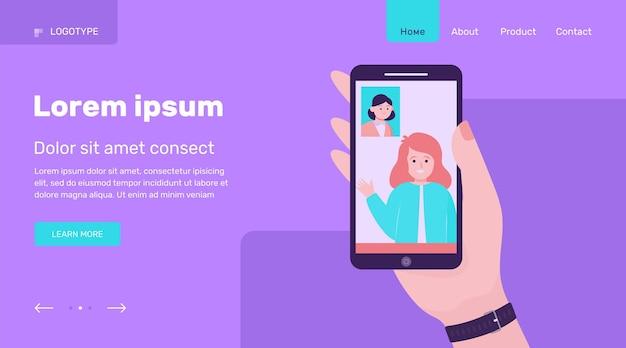 Amigos conversando por chat de vídeo no smartphone