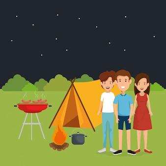 Amigos na zona de camping