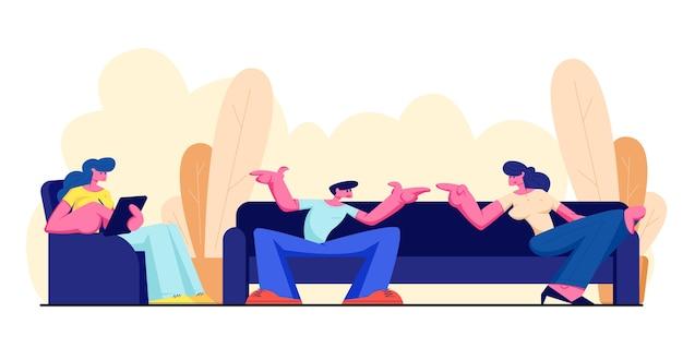Amigos sentados no sofá, se comunicando e relaxando com o gadget em casa