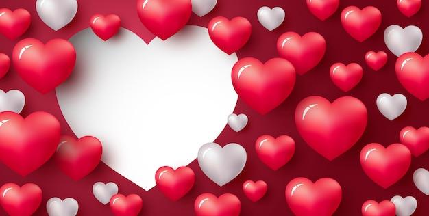 Amo o conceito de design de coração em fundo vermelho