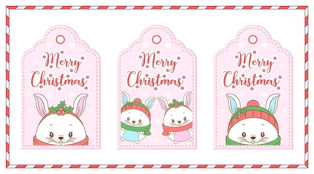 Animais fofos de feliz natal com etiquetas de cartão de desenho de bagas vermelhas
