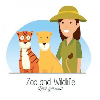 Animal selvagem tigre e leão com mulher de safari