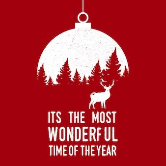 Ano novo banner árvore de natal com um cervo em um brinquedo da árvore de natal.