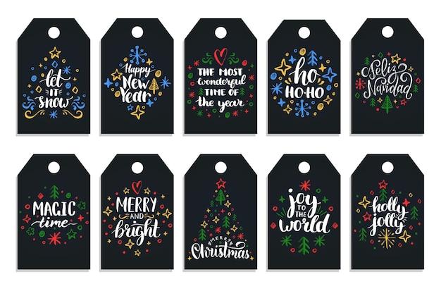 Ano novo mão lettering tags em fundo preto. ilustrações de desenho de giz de natal.