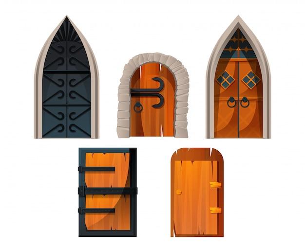 Antigas portas e portas do castelo medieval