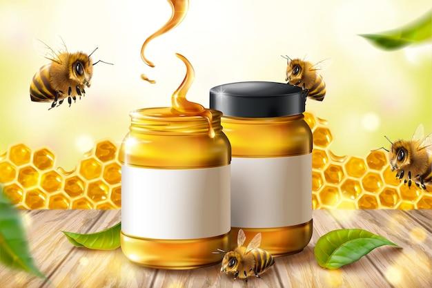 Anúncios de mel puro com abelhas e favo de mel em ilustração 3d na mesa de madeira