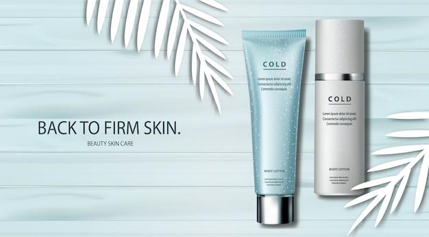 Anúncios em banner transparentes de produtos para a pele em uma mesa de madeira com enfeites de folhas de papel branco