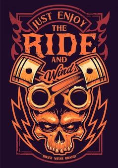 Apenas aprecie a arte do motociclista do passeio