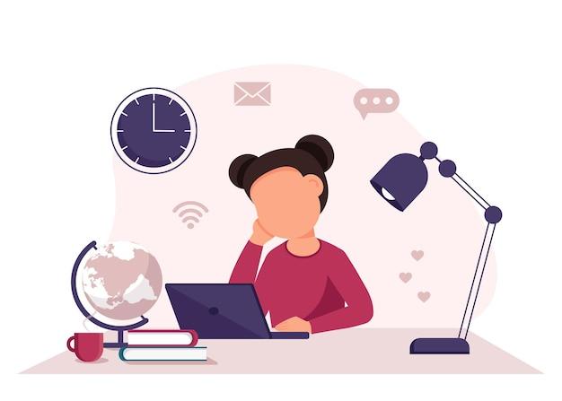 Aprendizagem online com menina estudando em um laptop