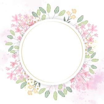 Aquarela mão botânica desenho folhas grinalda com pequenas flores cor de rosa e amarelas