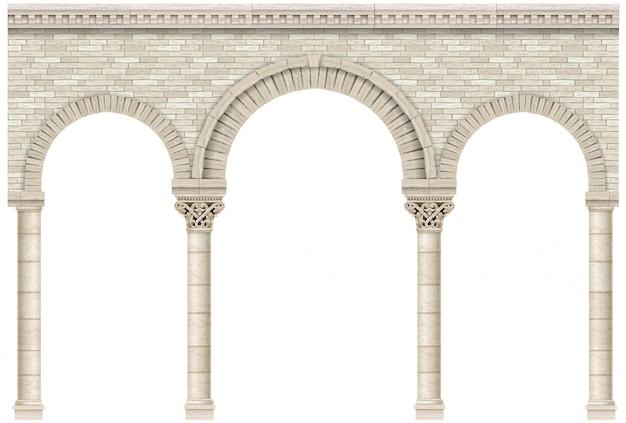 Arcada antiga da parede de castelo de colunas de pedra