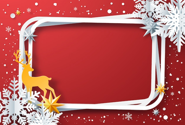 Arte de papel de quadro de inverno com flocos de neve, renas em fundo vermelho