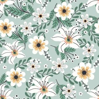 Arte floral para tecidos de vestuário e moda, flores brancas grinalda estilo hera com galho e folhas. fundo de padrões sem emenda.