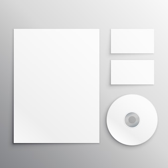 Artigos de papelaria conjunto incluindo cartão de papel a4 e cd dvd