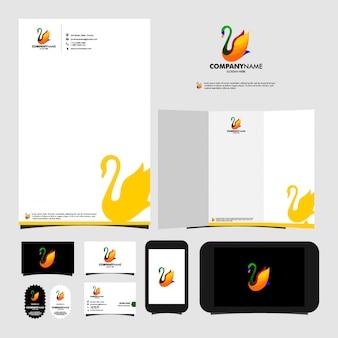 Artigos de papelaria do molde do logotipo da cisne