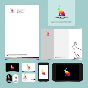 Artigos de papelaria do molde do logotipo do coelho