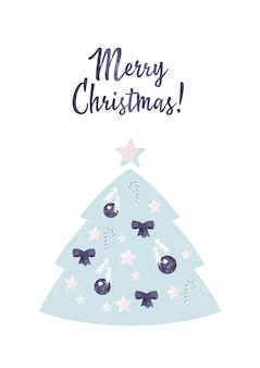 Árvore de natal decorada com bolas, arcos e estrelas