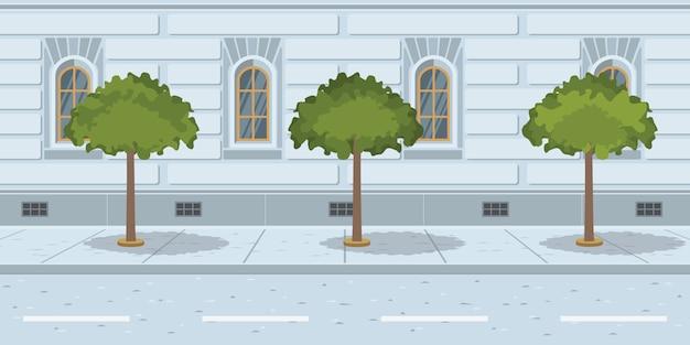 Árvores em linha na rua urbana