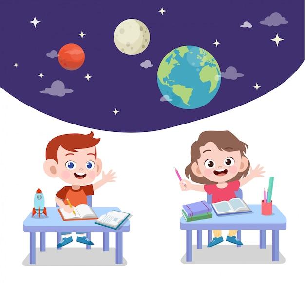 As crianças estudam astronomia