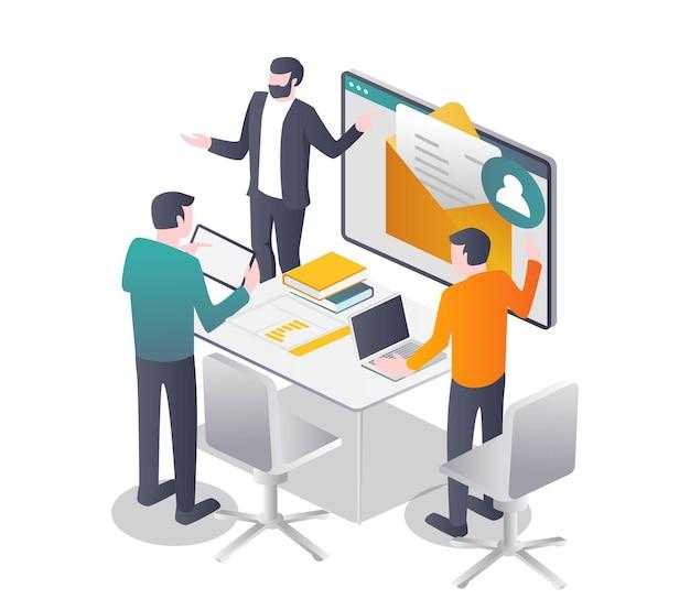As equipes recebem e-mails de clientes para negócios