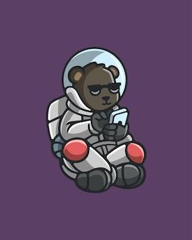 Astronauta urso segurando ilustração vetorial de smartphone
