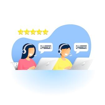 Atendimento ao cliente, homem e mulher com fones de ouvido e microfone com laptop