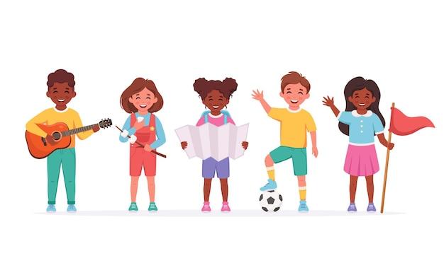 Atividades ao ar livre para crianças acampamento de verão conceito de acampamento infantil