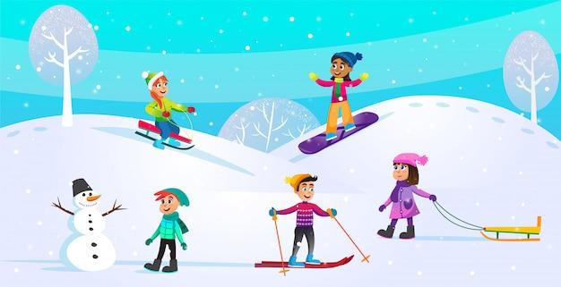 Atividades de inverno, cena de férias com crianças.