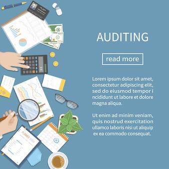 Auditoria de análise de contabilidade analítica auditor inspeciona documentos financeiros mãos de empresário