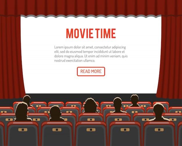 Auditório de cinema com assentos e público