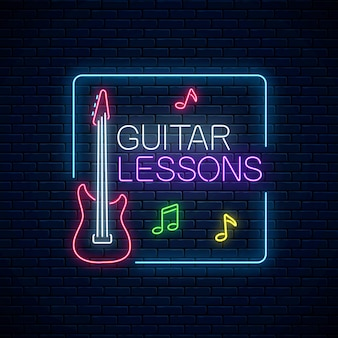 Aulas de guitarra de néon brilhante pôster ou modelo de banner. folheto de propaganda de treinamento de guitarra em estilo neon