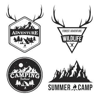 Aventura logo design summer camp mountain explorer distintivo vector design conjunto coleção