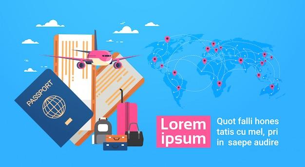 Avião, passaporte de embarque e bilhetes com bagagem sobre fundo de mapa do mundo, viagens banner com espaço de cópia
