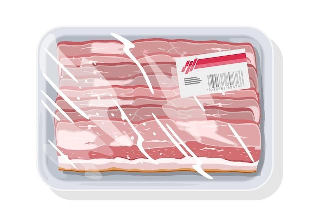 Bacon defumado, presunto está em uma bandeja de plástico coberta, embalagem de comida extensível, filme plástico com etiqueta.
